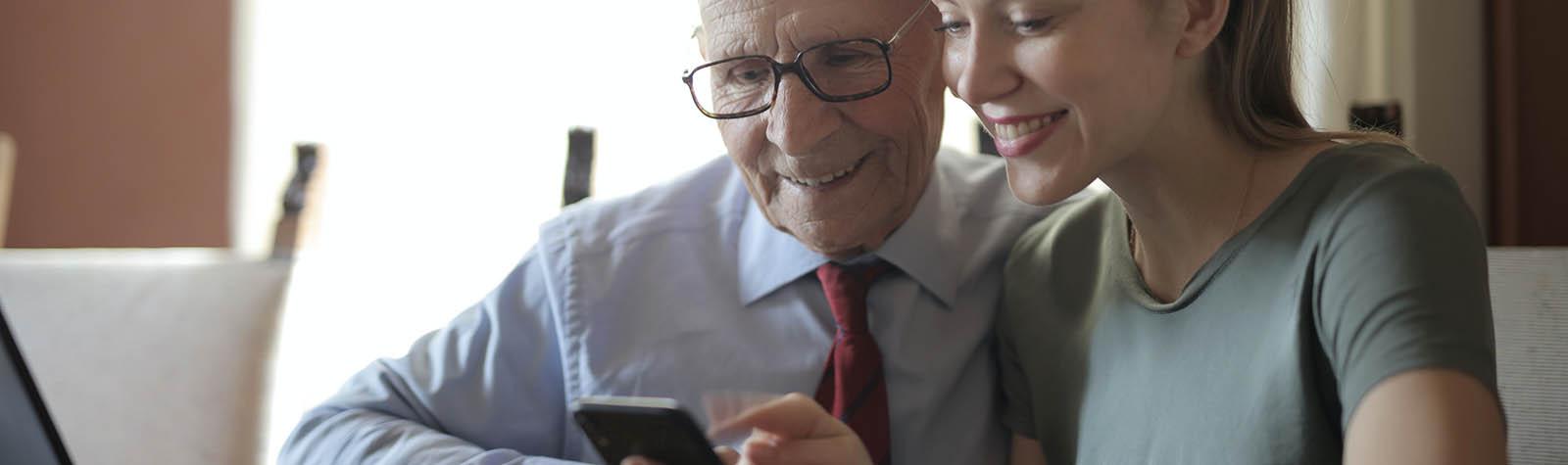 Hoe kun je als oudere online veiliger zijn?