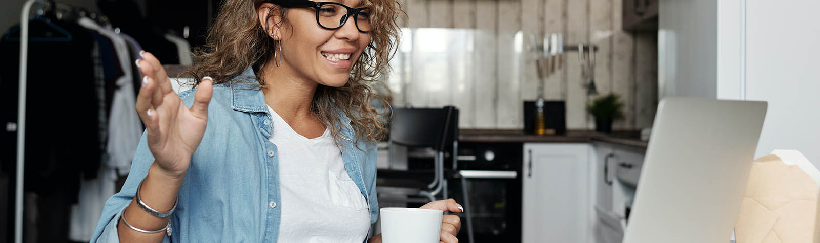 Hoe kun je videovergaderingen veiliger voeren?