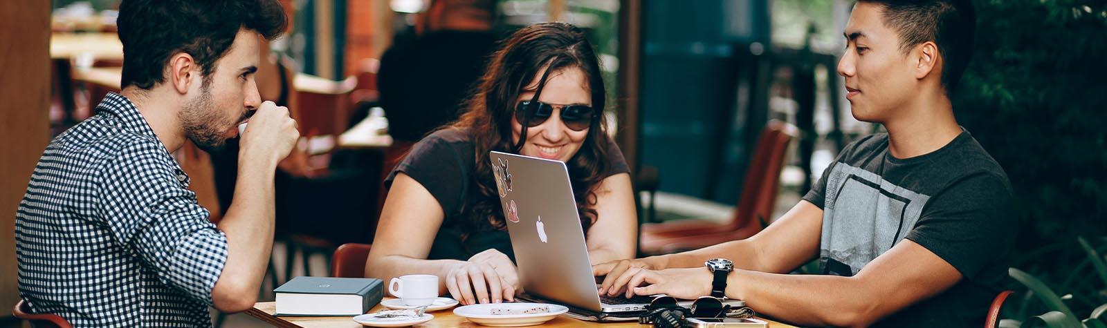 Hoe gebruik je openbaar WiFi veiliger?