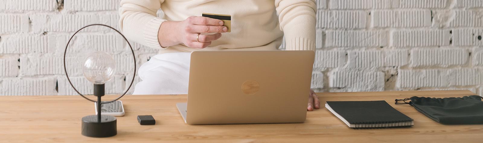 Wat zijn veelvoorkomende vormen van digitale oplichting en fraude?